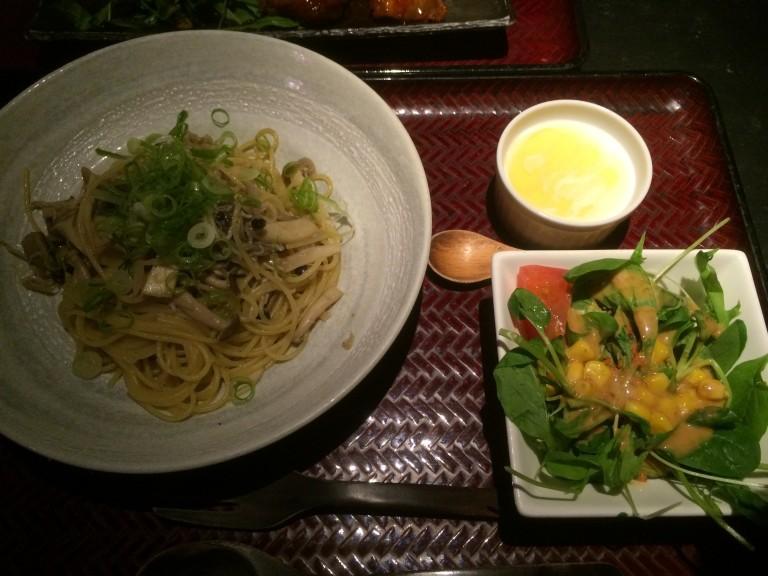 【座't CAFEザッツカフェ熊本】ランチ!まじで使える安いメニュー