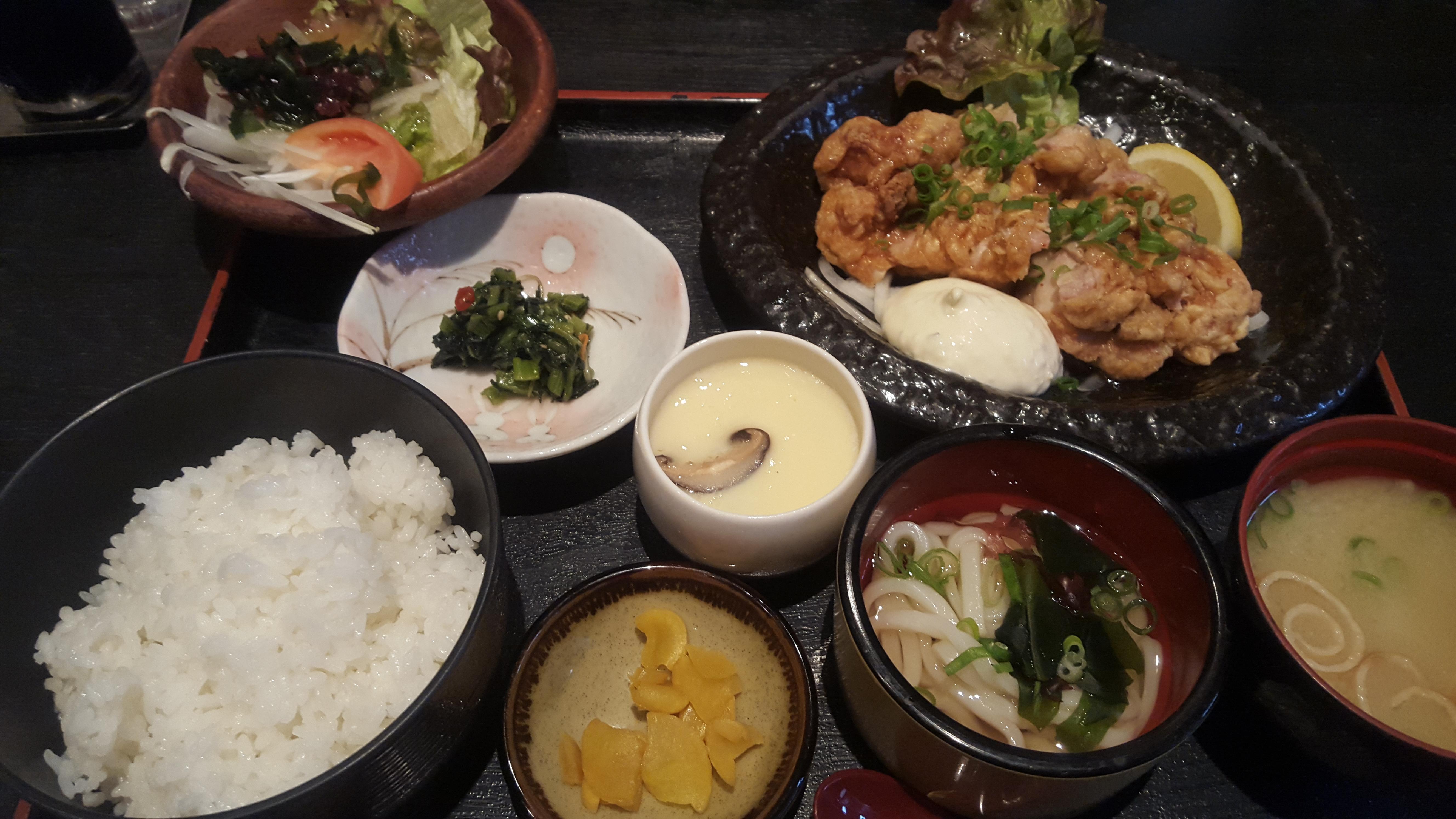 【松橋 居酒屋 佳楽】メニュー!30年以上愛され続けているお店