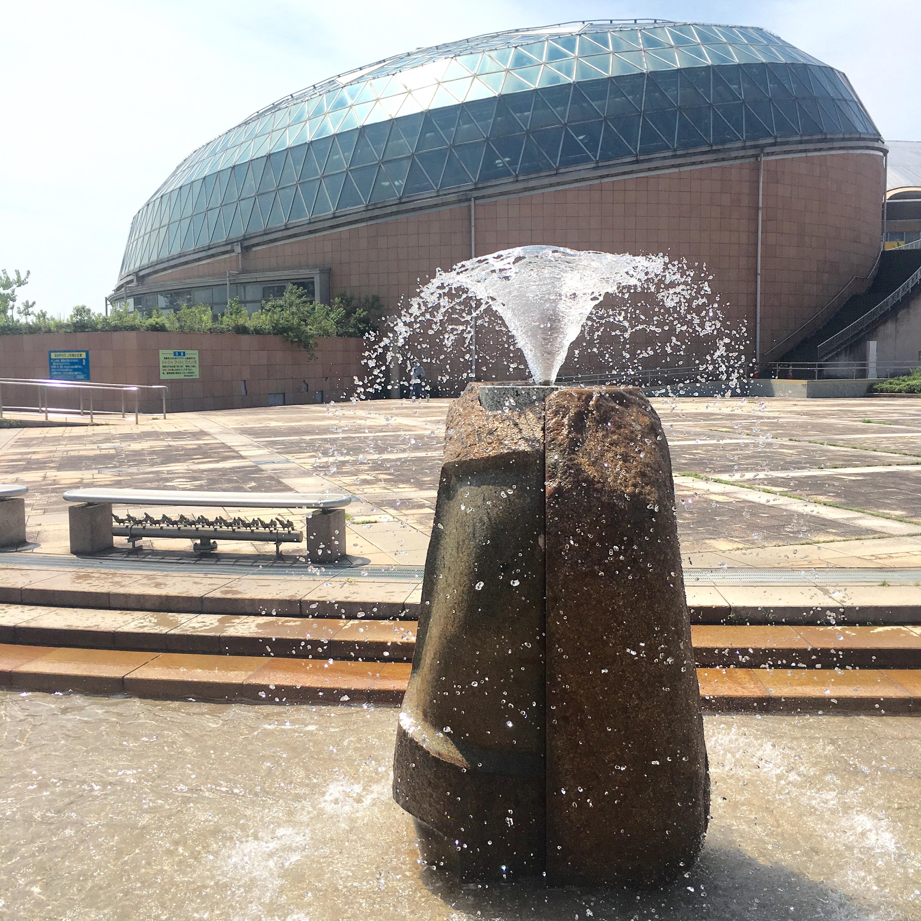 【アクアドーム】熊本で水遊び!噴水のある「水のテラス」はこんな所