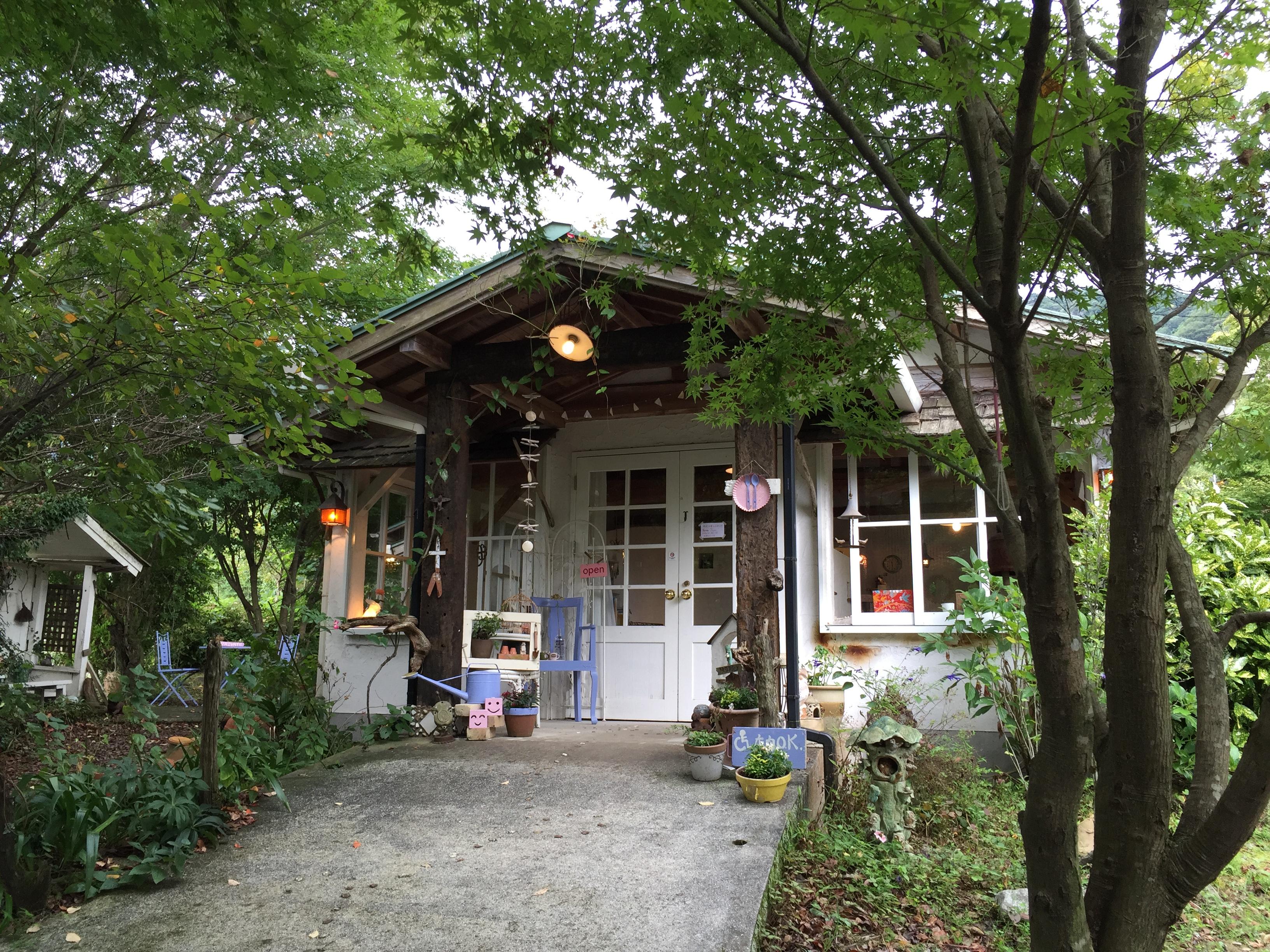 【ボワジョリ】南阿蘇のほほんカフェ@おとぎ話の様な店
