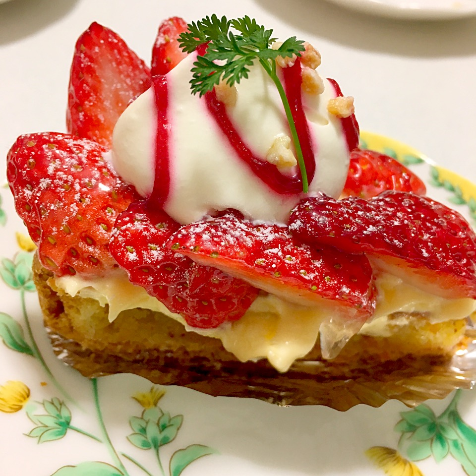 【オ・ボン・マルシェ】新屋敷のケーキ屋!タルトが絶品@店舗情報