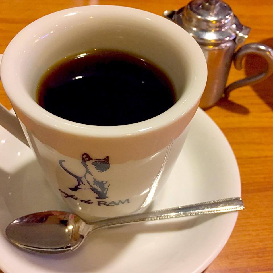 【カフェ ド ラム】熊本のメニュー!ネコの看板が印象的な、大人気カフェ