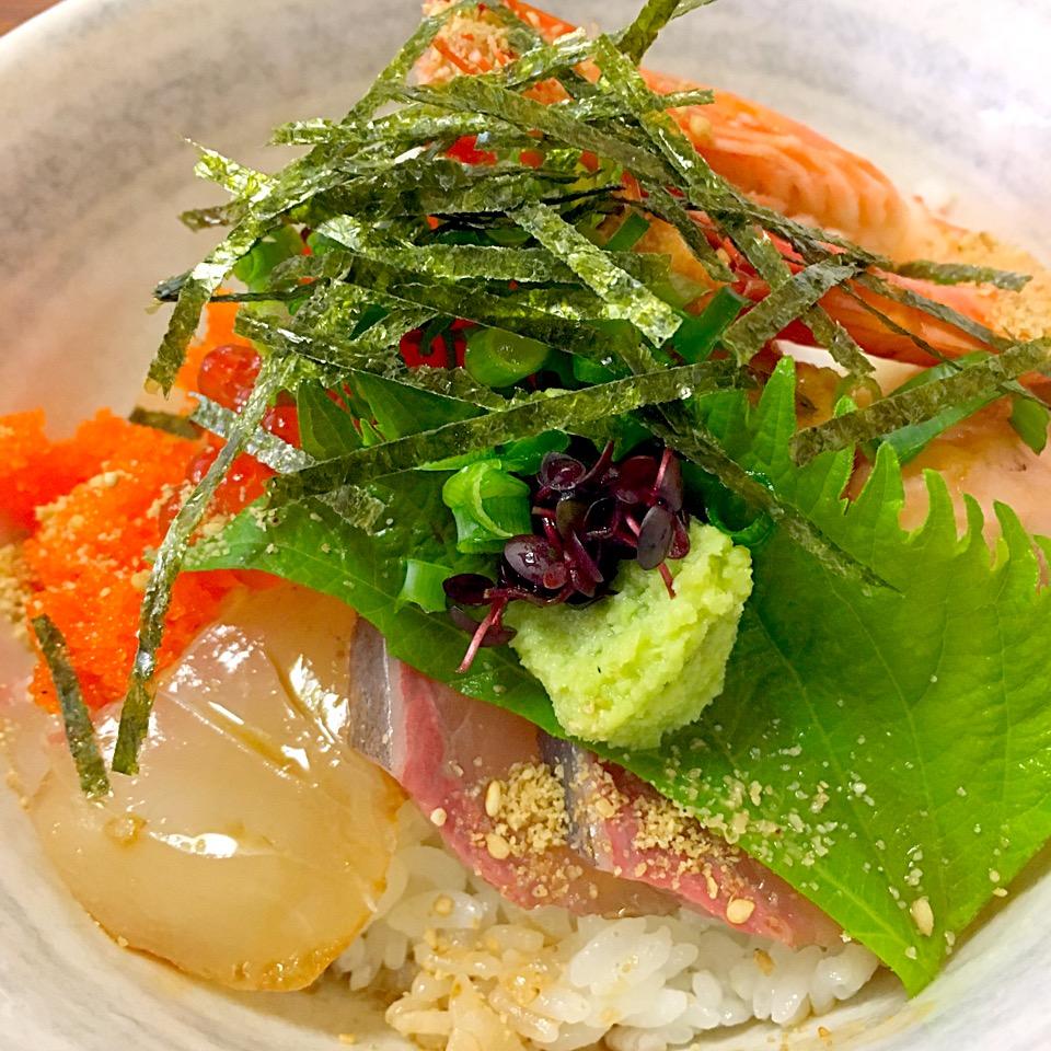 【浜んくら】天草でランチ!おすすめ海鮮丼、ウマすぎ@メニュー紹介
