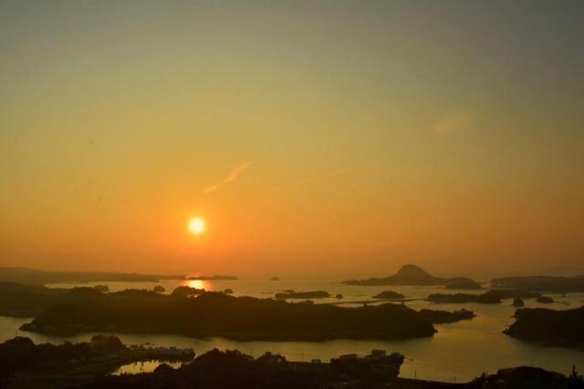 【高舞登山展望所】松島で、天草五橋を一望!日本の夕陽百選