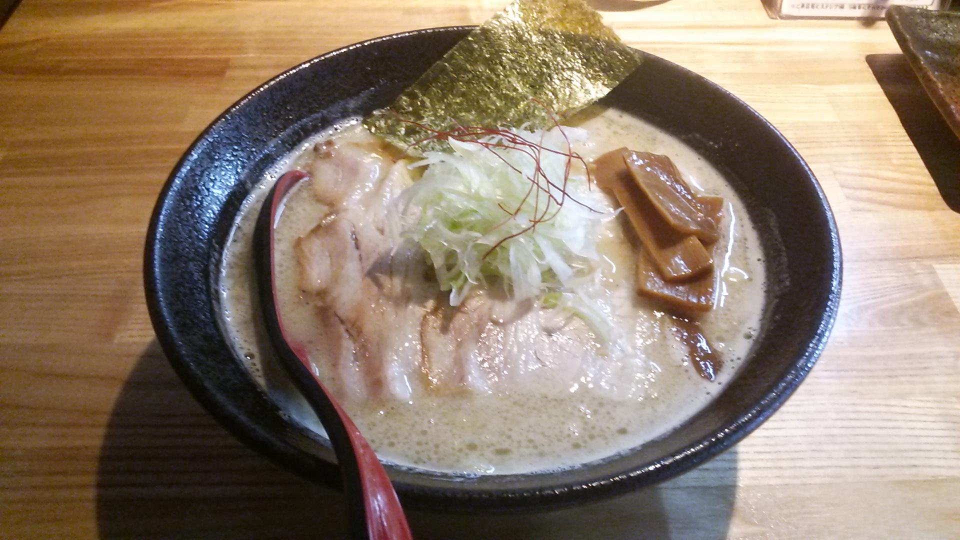 【ラーメン樹】熊本市東区、あっさりもこってりも最高の醤油・塩ラーメン