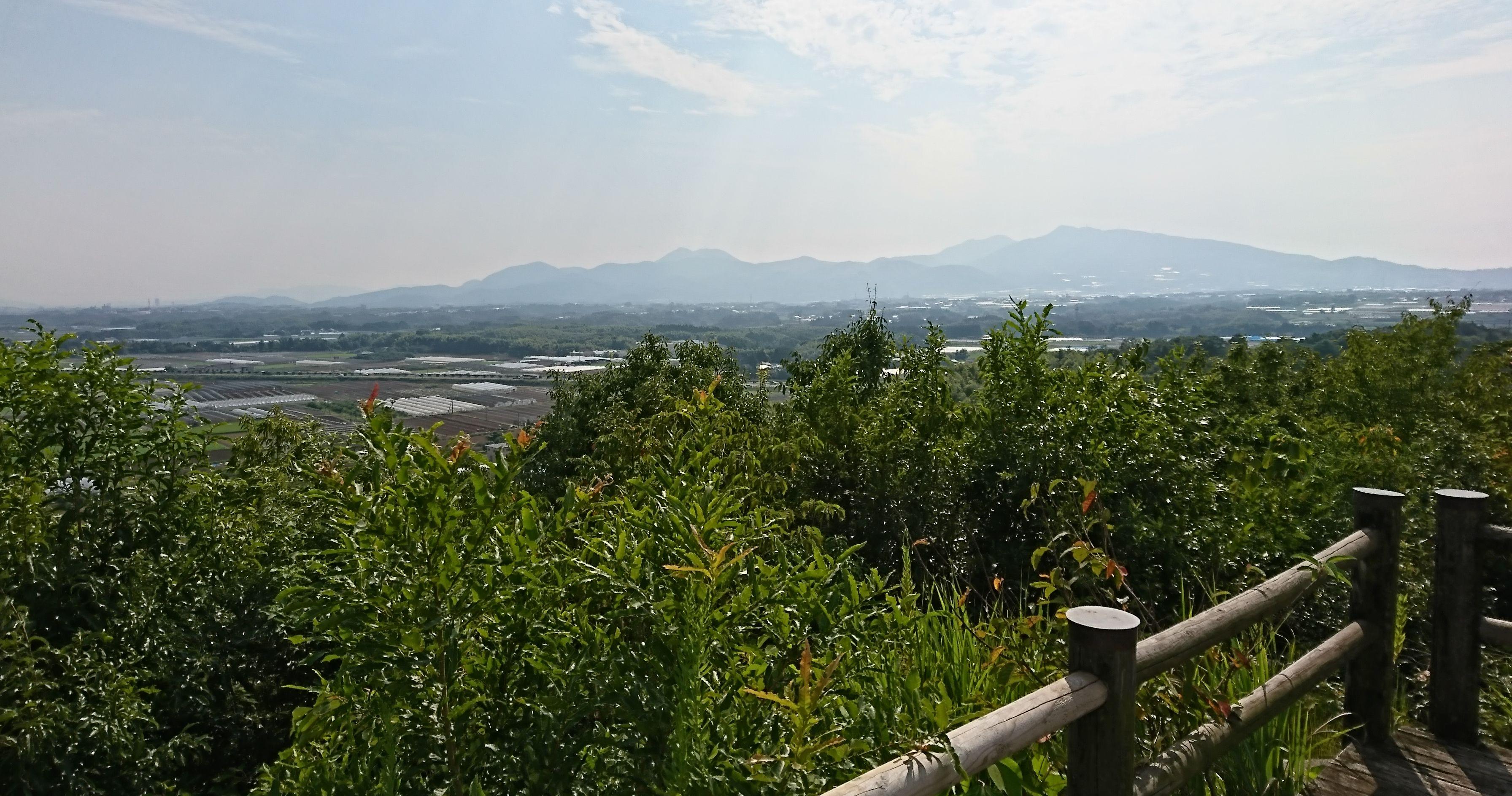 【弁天山公園】合志市、「新くまもと百景」に選定され熊本の山々が見渡せる公園