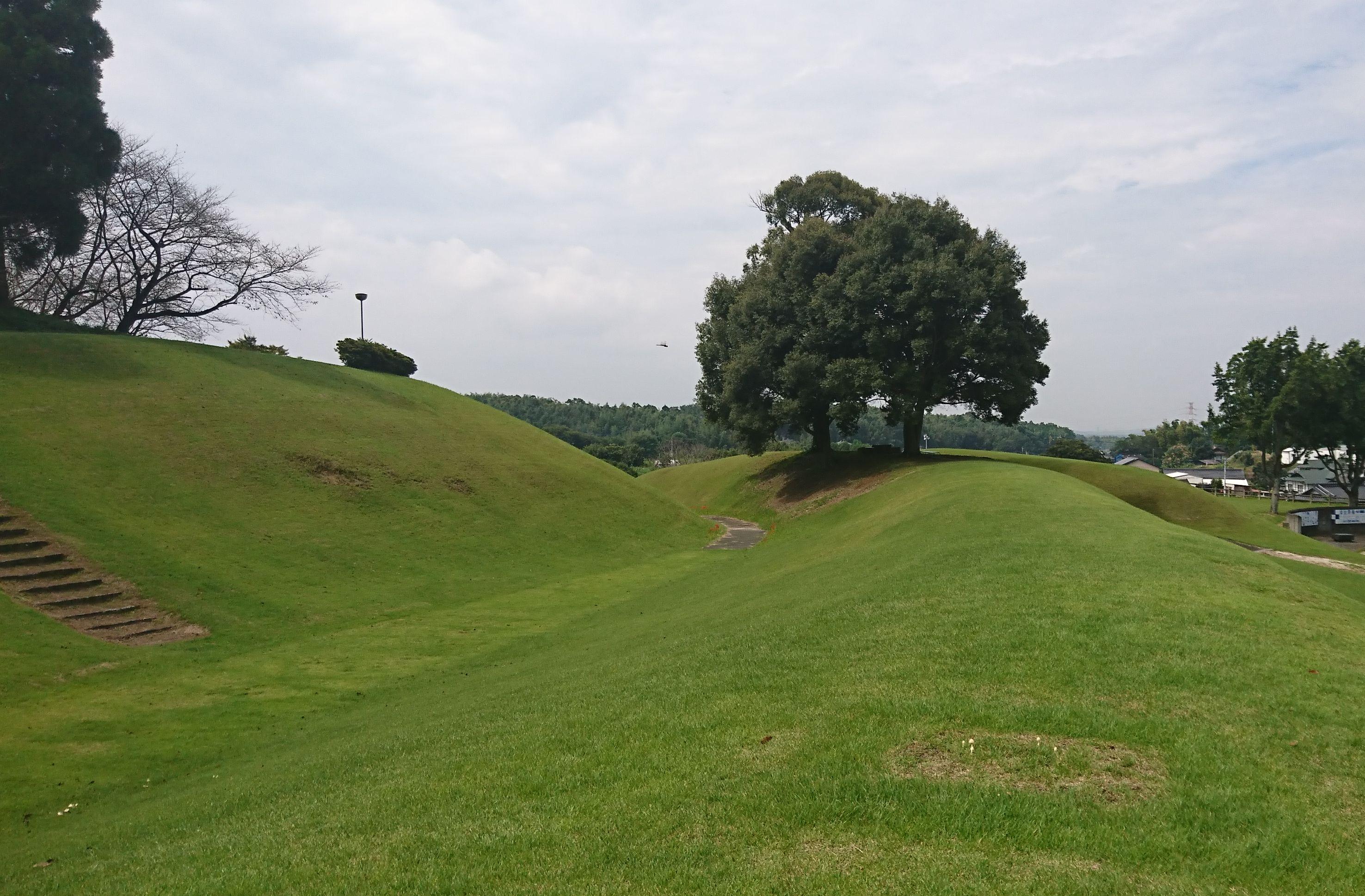 【竹迫城跡公園】合志市、ホタル祭りやイルミネーション・草スキーが楽しめる公園