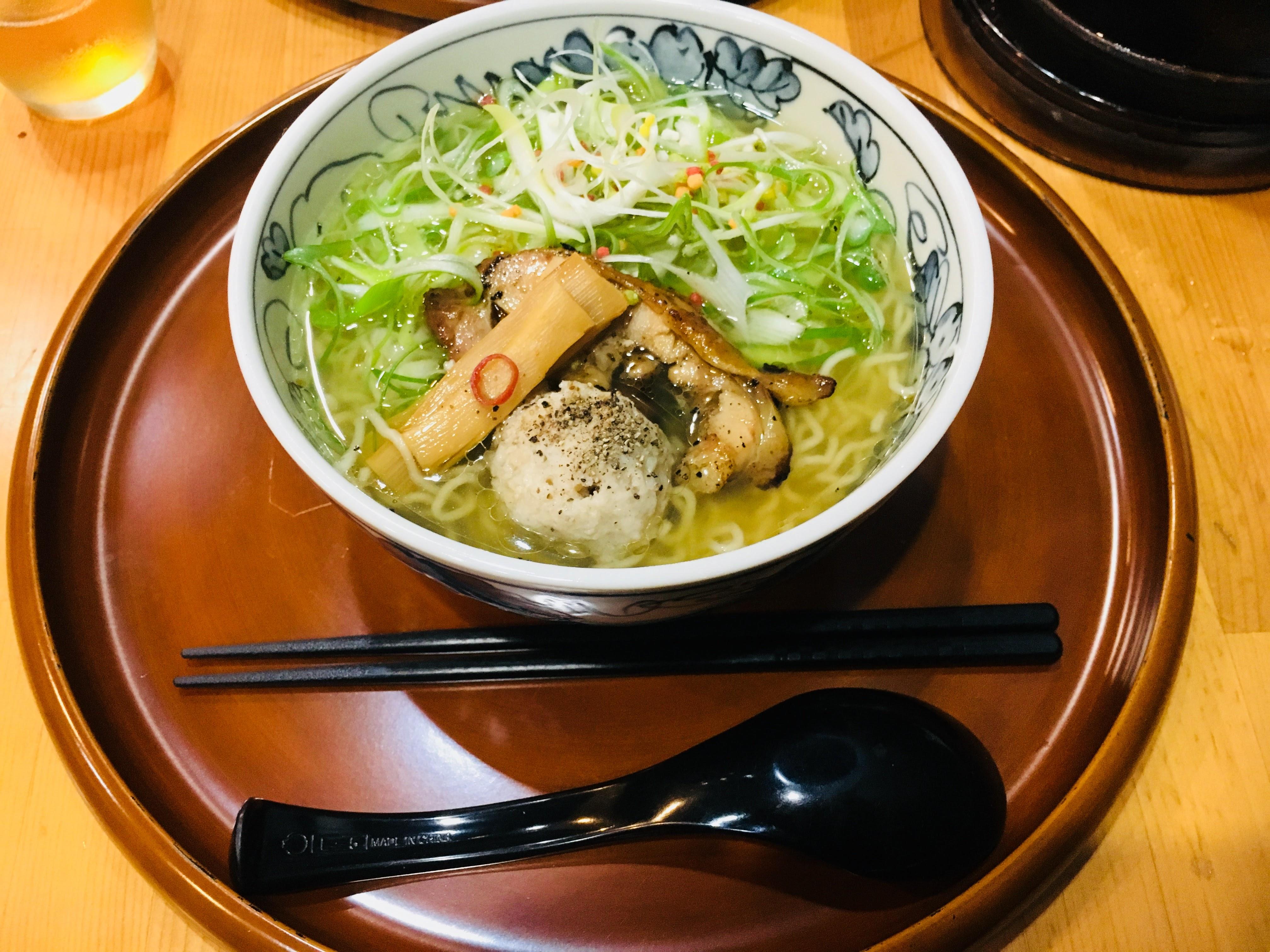 【てしお】九品寺で味わう鶏の旨味たっぷり塩ラーメン専門店