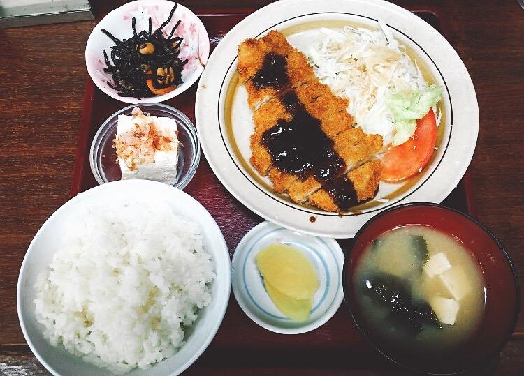 【花いちもんめ】熊本市大江!昼も夜も500円代でご飯を食べる事が出来る店