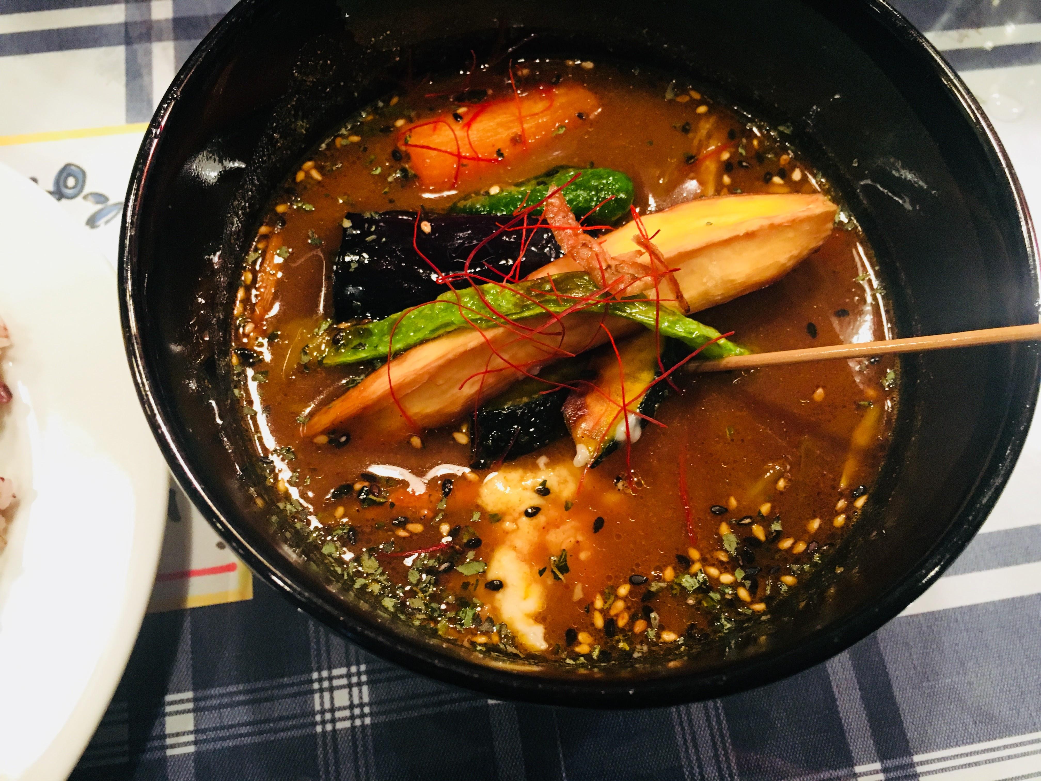 【イエロースパイス】熊本市下通で食べれる自分だけのオリジナル絶品スープカレー専門店