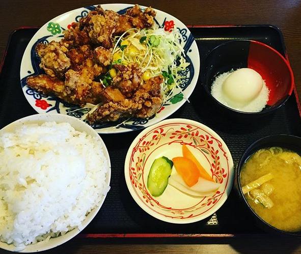 【定食屋銀シャリ亭】ボリュームが凄い!男性向けの定食屋!