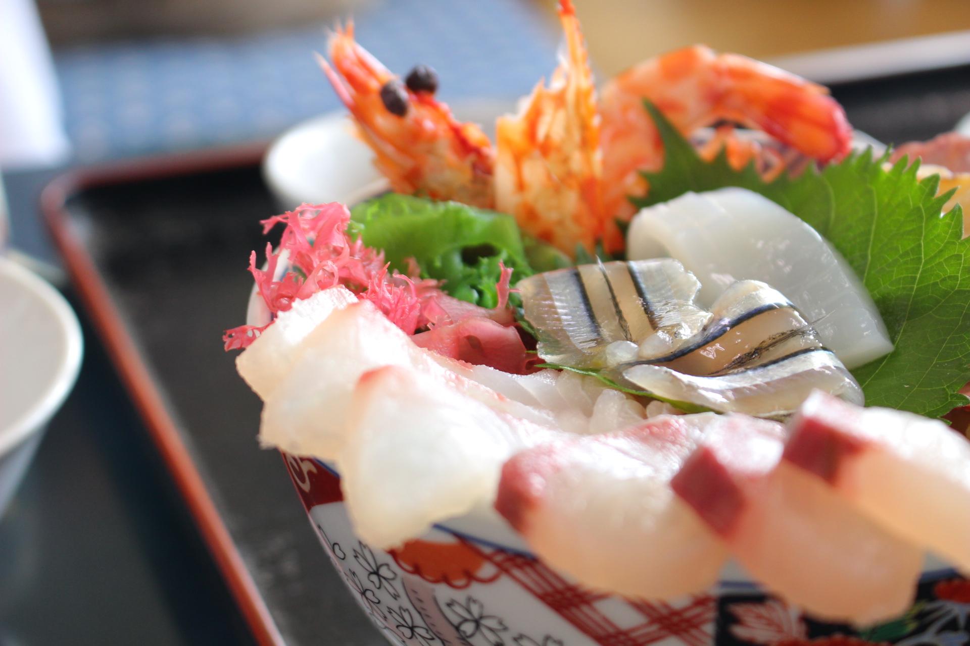 【丸健水産】天草!イルカウォッチング近くで海鮮丼ランチ@メニュー