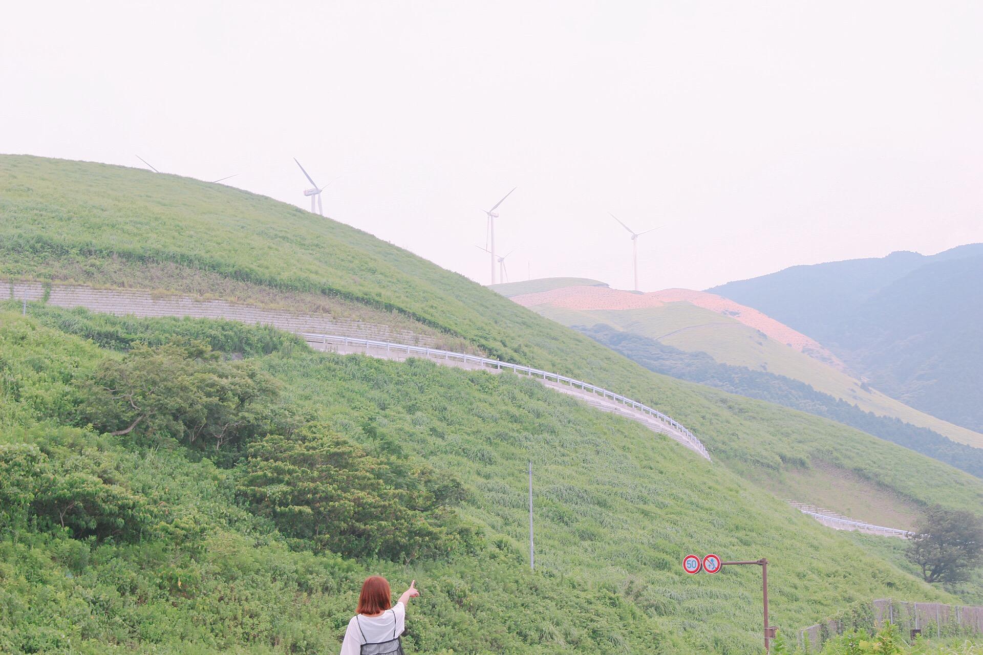 【俵山の夜景と風車】西原駐車場で眺める景色は、非日常だった